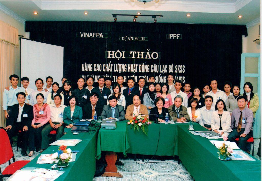 Dự án 92-02 nhằm nâng cao chất lượng hoạt động câu lạc bộ sức khỏe sinh sản để phòng chống HIV/AIDS
