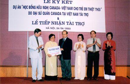 Dự án học bổng hữu nghị Canada – Việt Nam cho trẻ em thiệt thòi